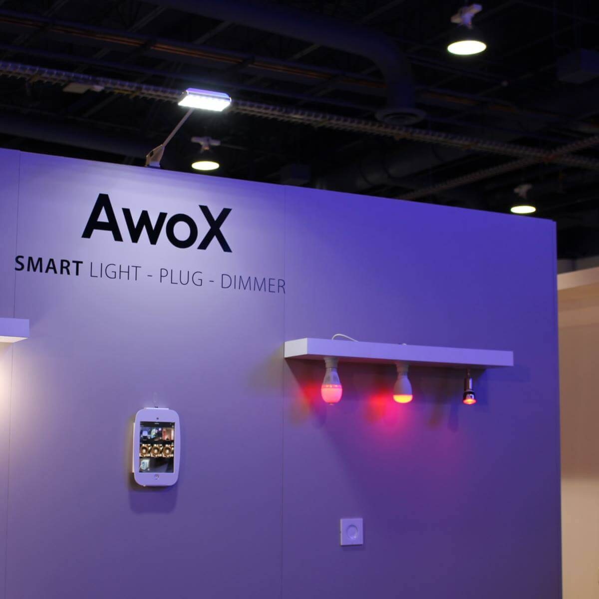 Awox makes the iot a little easier to use - Awox smart control ...